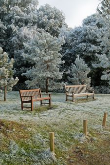 Free Public Seats In Rural England At Winter Stock Photography - 20076602