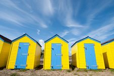 Free Yellow Beach Huts In Summer Stock Images - 20076854