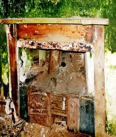 Free Old Stove And Fireplace Royalty Free Stock Image - 20078386