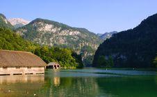 Free Lake In The Alpes-Austrias Stock Photos - 20084033
