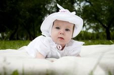 Free Sweet Baby In Park Stock Images - 20091754