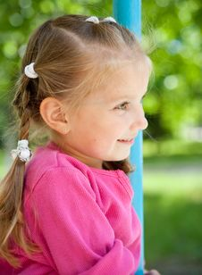 Free Little Girl Smiling Royalty Free Stock Image - 20095106