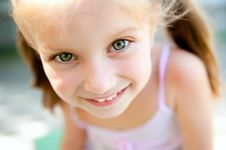 Free Little Girl Smiling Stock Photo - 20095310
