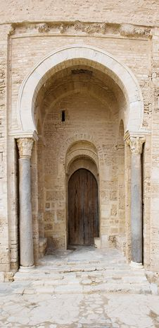 Free Ancient Door With Columns Stock Images - 20096184
