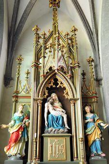 Free Pieta - Mary And Jesus Royalty Free Stock Photo - 20096495