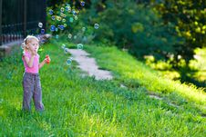 Free Girl Blow Bubbles Stock Images - 20098364