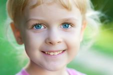 Free Portrait Of A Smile Girl Stock Photo - 20098480