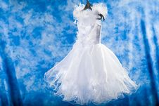 Free White Dress For A Little Girl Royalty Free Stock Image - 20098626