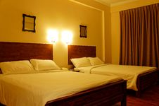 Free Romantic Light From Hotel Bedroom Royalty Free Stock Image - 20098746