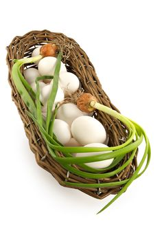 Free Basket With An Onions And Eggs Stock Image - 2010021