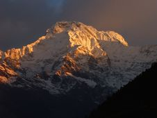 Free Annapurna South 03 Royalty Free Stock Photos - 2013598