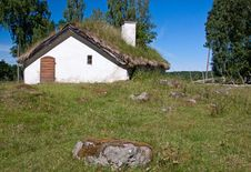 Free Abandoned Cottage. Stock Photo - 20100350
