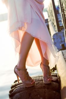 Free Beautiful Legs And Sunset Royalty Free Stock Images - 20103029