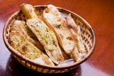 Garlic Crusty Bread In A Basket Royalty Free Stock Images