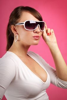 Free Young Woman Wearing Sunglasses Stock Image - 20107371