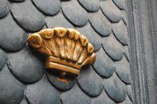 Free Door Golden Decoration Stock Image - 20108211
