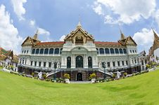 Free Front Of Grand Palace Royalty Free Stock Images - 20112819