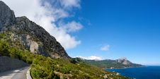 Free Coastline In Crimea. Black Sea. Ukraine. Stock Photo - 20113420