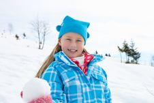 Free 7 Year Old Girl On Winter Vacation Royalty Free Stock Images - 20114419
