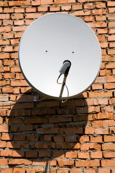 Free Satellite Antenna. Royalty Free Stock Images - 20115459
