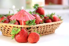 Free Strawberries Royalty Free Stock Image - 20117166