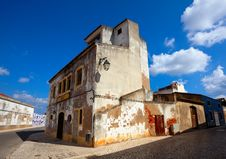 Free Old Building In Algarvian Town Royalty Free Stock Photo - 20117655