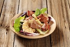Free Pan Fried Pork And Vegetable Salad Royalty Free Stock Images - 20118699
