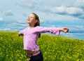 Free The Girl On A Green Meadow Royalty Free Stock Image - 20127086