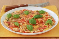 Free Omelet With Vegetables And Basil Royalty Free Stock Image - 20120986