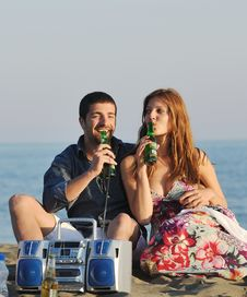 Free Happy Young Couple Have Romantic Time On Beach Stock Photos - 20126733