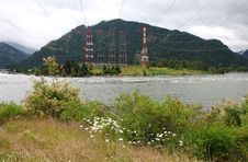 Free Electricity Towers, Columbia River Gorge Oregon. Royalty Free Stock Photo - 20127355