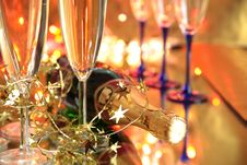 Free Close-up Of Champagne In Glasses Royalty Free Stock Images - 20128819