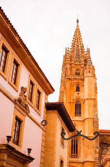Free Bell Tower Of Oviedo Cathedral Stock Images - 20128834