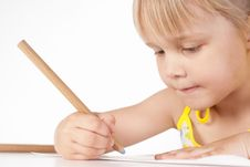 Free Little Girl Draws Stock Image - 20129071