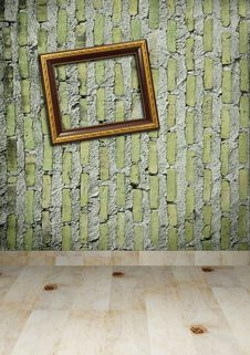 Free Gold Frame On A Old Wall Room Stock Images - 20134244