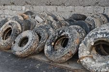 Free Wasted Old Tyres In The Harbour Royalty Free Stock Image - 20135046