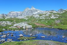 Free Alpine Water Stock Photography - 20135462