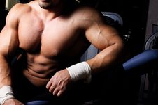 Free Picture Of Sexy Torso In Gym Royalty Free Stock Photography - 20138177