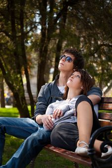 Free Couple In Park Stock Photography - 20138282