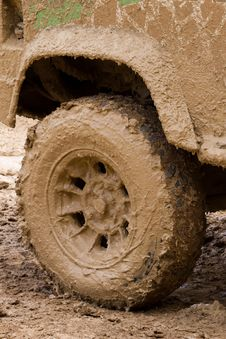 Free Wheel With Clay Royalty Free Stock Photos - 20142848