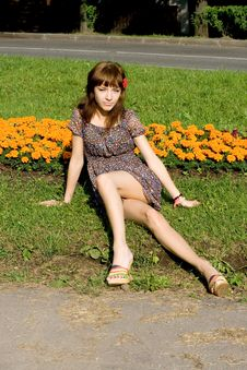 Free Beautiful Girl Sitting On Meadow Stock Photography - 20143112