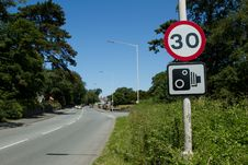 Free Speed Limit Sign. Royalty Free Stock Photography - 20143147