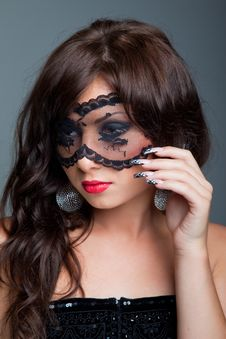 Free Attractive Brunette With Lacy Mask On Eyes Stock Image - 20144071