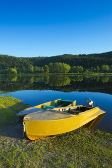 Free Couple Of Boats Stock Images - 20144794