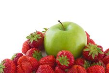 Free Strawberries And Apple Stock Photo - 20145480
