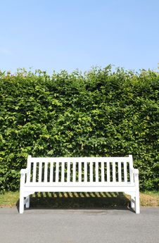 Free White Park Bench Stock Photos - 20147903