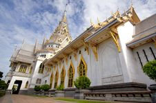 Free Thai White Marble Temple Royalty Free Stock Photo - 20149205