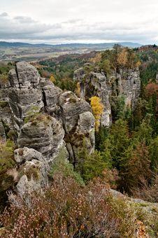 Free Czech Paradise - Sandstone Rocks Royalty Free Stock Images - 20151439