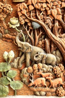 Free Elephant Carved Temple Door Stock Photography - 20152992