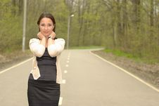 Free Girl On A Road Royalty Free Stock Images - 20153579